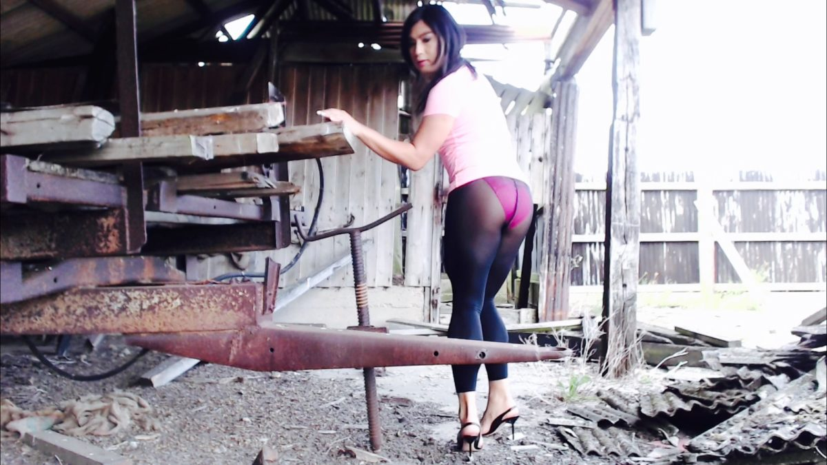 T-girl's pantyhose at abandoned and wild location