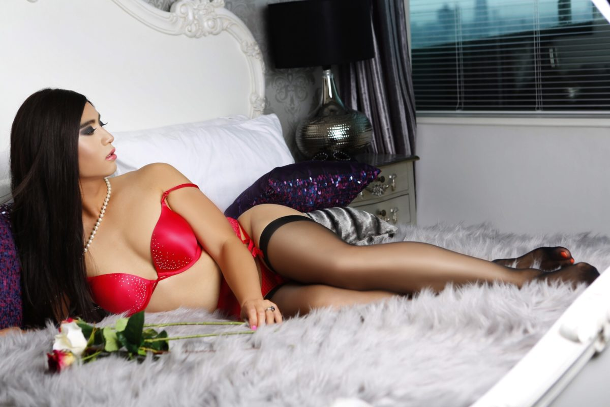 Tgirl Alina's Boudoir photos at London Signature Penthouse – Red